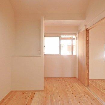 こちらはアトリエ表記になっていますが、普通にお部屋として使えます。 ※写真は別部屋