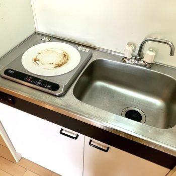 作業台を別で用意すると調理しやすいですね※写真はクリーニング前のものです