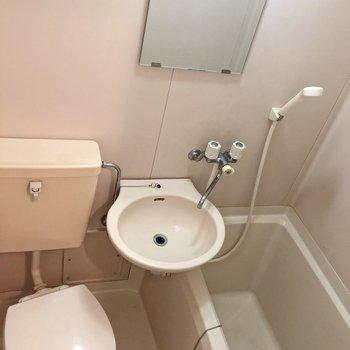 サニタリーはまとめて。※写真は2階の同間取り別部屋のものです