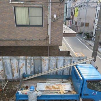 眺望はこんな感じ。横で工事中なので建物が建ちそうですね。