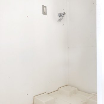 洗濯置き場に扉あり◎