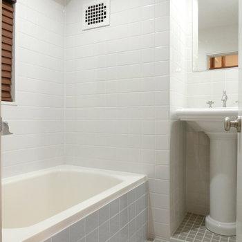 洗面台付きのお風呂。※写真は前回募集時のものです