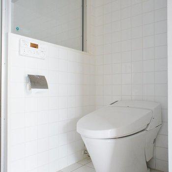 トイレはタンクレス! ※写真は別部屋となります