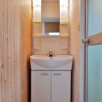 朝の忙しい時間帯に役立つ洗面※写真は前回募集時のもの