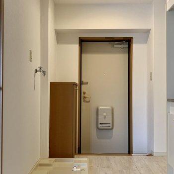 お部屋だけじゃなく、玄関周りもゆったり取られてます!