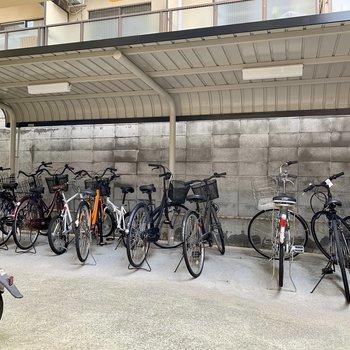 共用部】オートロック内に自転車置き場