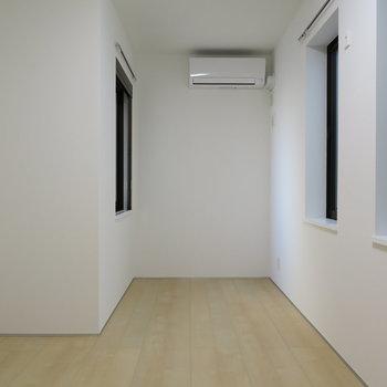 白くてとても綺麗でした!※掲載写真は別部屋です。