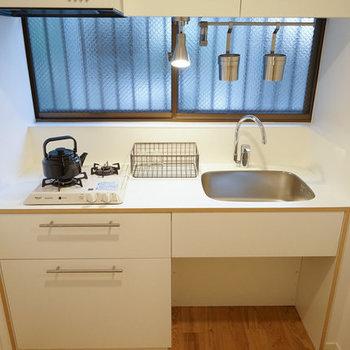 窓がついているのでとっても明るいキッチンになりそう!※写真はイメージです