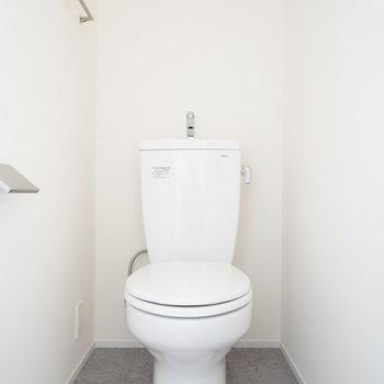 トイレはウォシュレットなしです