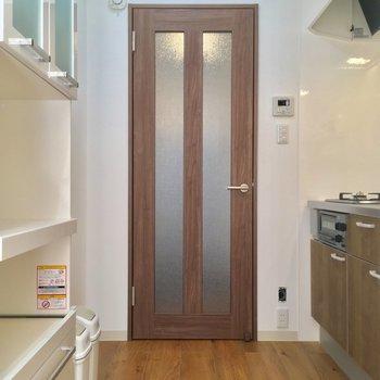 さてこちらがキッチンです ※写真は前回募集時のものです