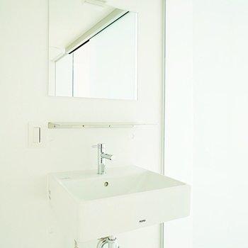 洗面台もスタイリッシュ※写真は前回募集時。