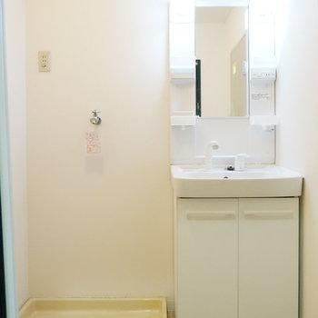 洗面台もしっかりとあります※写真は前回掲載時のものです。