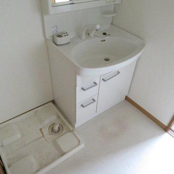 洗面脱衣所です。