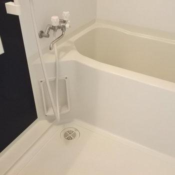 お風呂は清潔感あり◎