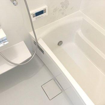 浴室乾燥機もついてますっ。 ※写真は別部屋