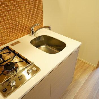 キッチンが2口ガスです♪※写真は別部屋です