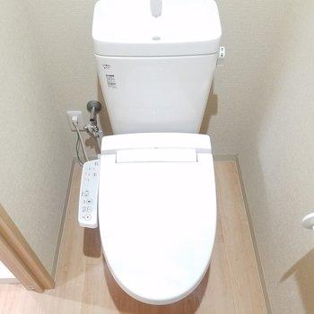 トイレがあります。※写真は2階の同間取りのものです
