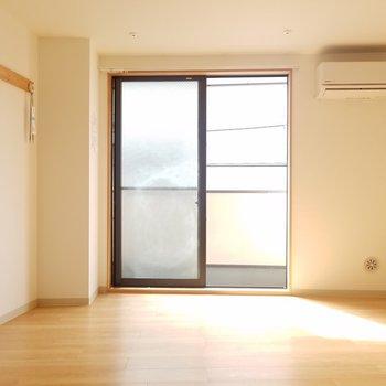 南向きのお部屋です◎※写真は2階の同間取りのものです