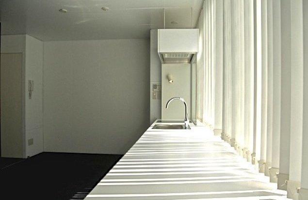 白と黒/バーカウンター編のお部屋