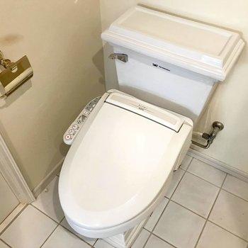 ホテルライクなトイレです。