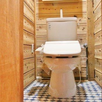 トイレはウォシュレットつき。※写真は前回掲載時のものです。