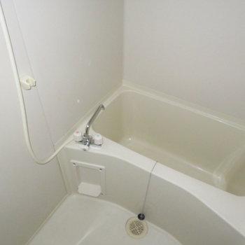 お風呂に鏡がありません