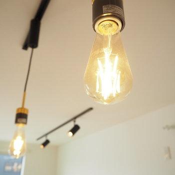エジソン電球がデフォルトだなんて!?