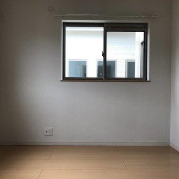 窓も2面ついているのが嬉しい!