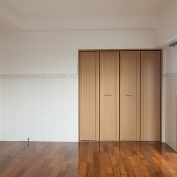 【洋室②】ここは子供部屋にしようかな。
