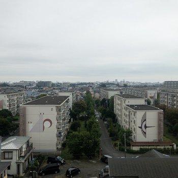 眺めはこちらも平塚の町並みが見えます。