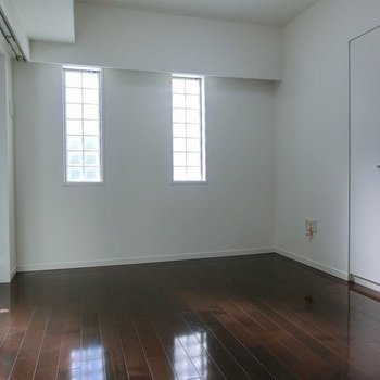 こちらが寝室。※写真は前回募集時のものです