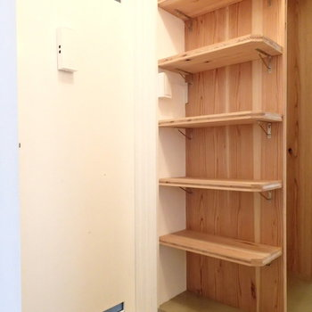 棚までおんなじ材料というこだわりよう。