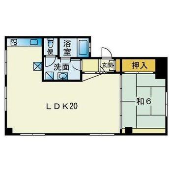 こちらのお部屋、リビングがとっても広いんです。