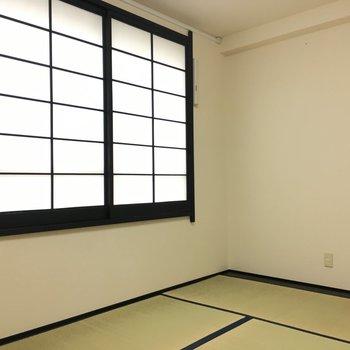 6帖のこのお部屋は寝室にぴったりです。