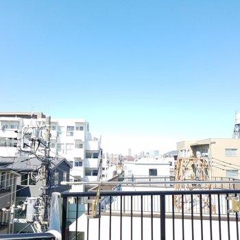 眺めもいいですよ〜空が青い〜◎