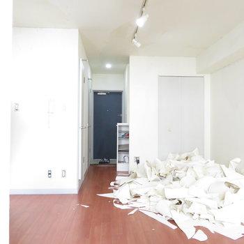 綺麗なお部屋です。※掲載写真は工事中のものとなっております。