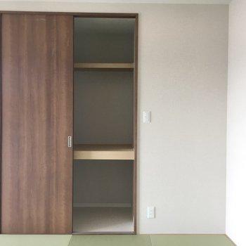 和室の収納。