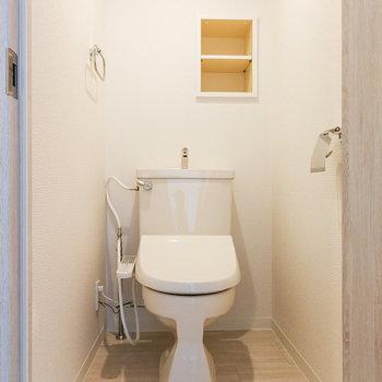 トイレはウォシュレットつきですよ〜。