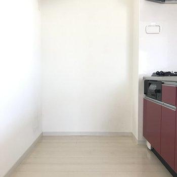 キッチンスペースはゆとりがありますよ。