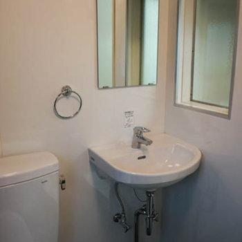 洗面台もありますよ!※写真は前回募集時のものです