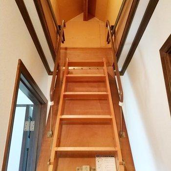 2階の上にも収納があって素敵!