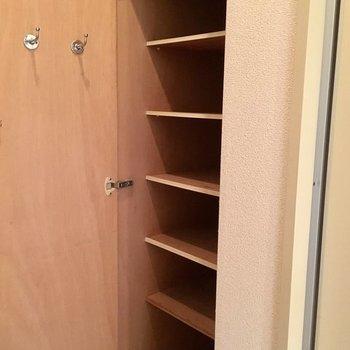 もちろん靴箱も。※写真は3階の同間取り別部屋です