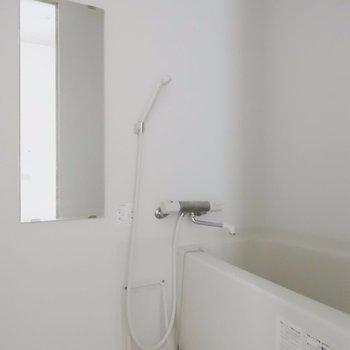 シャワーはこんな感じ※掲載写真は同間取り別部屋のものとなります。
