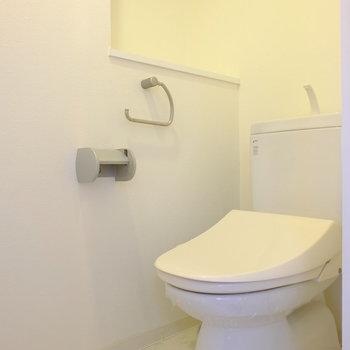 トイレはしっかり個室。