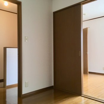 こちらは4.5帖の洋室。こども部屋に良さそう!