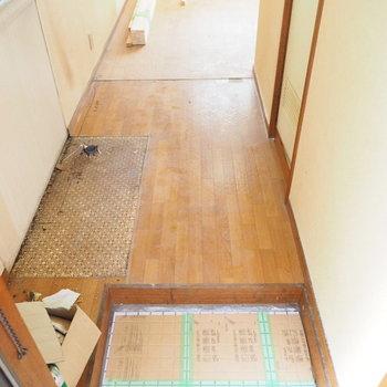 【工事中】玄関もコンパクト