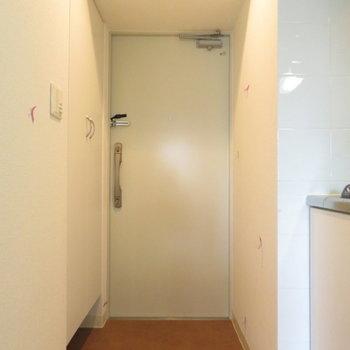 玄関は大きいですね