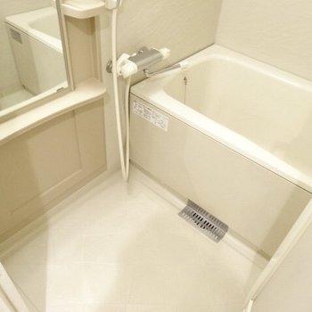 お風呂の鏡が大きいの嬉しい。(※写真は7階の同間取り別部屋のものです)