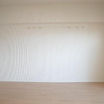 横のぷっくには何を飾ろう♪  ※写真は4階の同間取り別部屋のものです