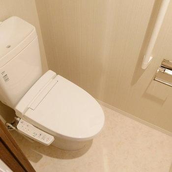 トイレは個室。BT別が嬉しいですね。